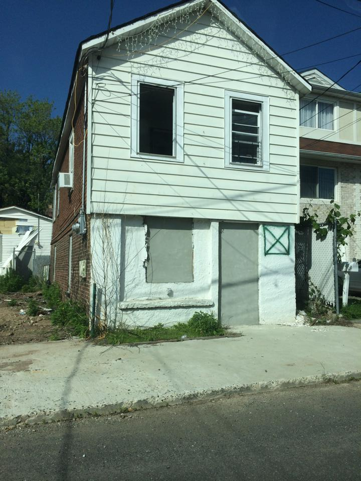 Residents are tired of the empty decaying homes for Mapleton homes